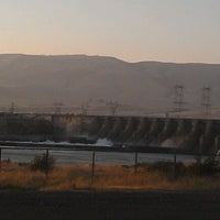 Photo taken at The Dalles Dam by Summits F. on 7/10/2012