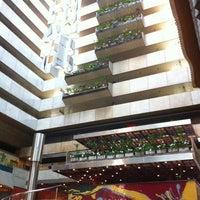 Foto tirada no(a) Maksoud Plaza Hotel por AdrianaGiglio em 6/14/2012