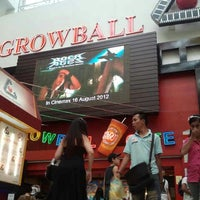 Photo taken at Growball Cinemax by ☜-HuNY-LS7™ on 7/4/2012