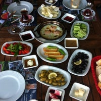 6/10/2012 tarihinde Nebil S.ziyaretçi tarafından Pan Pan Cafe & Fırın'de çekilen fotoğraf