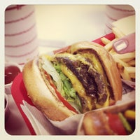 Photo taken at In-N-Out Burger by David T. on 8/12/2012
