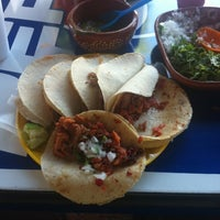 Photo taken at Tacos Famsa by Ivan H. on 3/14/2012