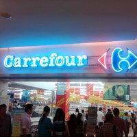 9/6/2012 tarihinde Peter J.ziyaretçi tarafından Carrefour'de çekilen fotoğraf