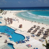 Photo taken at Krystal Cancún by Jamile Malafaia on 3/7/2012