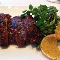 Photo prise au Bluegrass Bar & Grill par Miumama ʚ♥⃛ɞ le7/21/2012