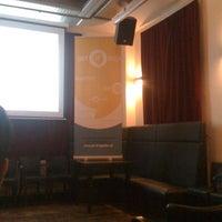 Foto diambil di Frannz Club oleh Josh W. pada 9/5/2012