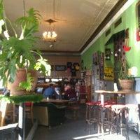 รูปภาพถ่ายที่ Café Klatsch โดย Jurgen F. เมื่อ 3/15/2012