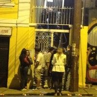 Foto tirada no(a) Garagem Hermética por Carolina P. em 4/22/2012