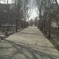 Снимок сделан в Парк-аллея «Восход» пользователем Victor P. 4/4/2012