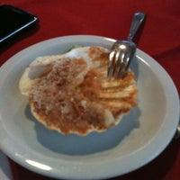 Foto tomada en Restaurante Toca da Traíra por Tamara A. el 3/30/2012