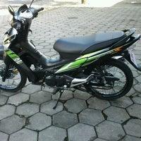 Photo taken at STMIK AMIKOM Yogyakarta by Go'Beck A. on 4/9/2012