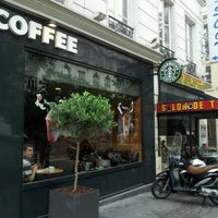 Photo taken at Starbucks by Arman A. on 6/22/2012