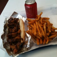 Photo taken at Pink's Hot Dogs by Luan P. on 3/17/2012