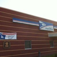 Photo taken at US Post Office by Jeannette kyungmin K. on 7/24/2012