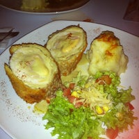 Photo taken at BarraN' Tea Jazz Restaurant Lounge by David D. on 4/6/2012