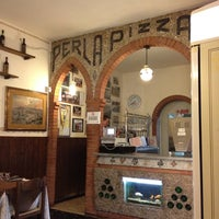 Photo taken at pizzeria il vallone by Chiara G. on 3/7/2012
