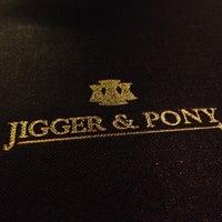 Foto tirada no(a) Jigger & Pony por Susan em 9/5/2012