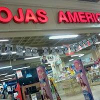 Foto tirada no(a) Lojas Americanas por Venicio N. em 8/6/2012