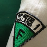Photo taken at SMP Negeri 1 Malang by Maharani P. on 5/10/2012