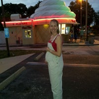 Photo taken at Twistee Treat by Ronnie c. on 4/15/2012