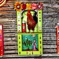 Foto scattata a Tacos A Go-Go da Jennifer V. il 6/9/2012