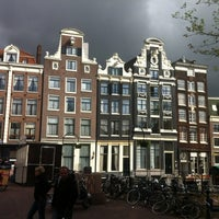 Снимок сделан в NH Collection Amsterdam Grand Hotel Krasnapolsky пользователем Ricardo R. 5/9/2012