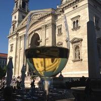 Das Foto wurde bei DiVino Borbár von Zoltan S. am 5/18/2012 aufgenommen