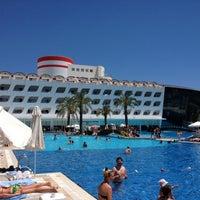 Photo taken at Queen Elizabeth Elite Suite Hotel by Mustafa E. on 6/12/2012