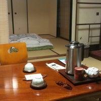 Photo taken at Kawashima Ryokan by Riccardo C. on 7/30/2012