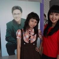 Photo taken at Salon Rudy Hadisuwarno by diethanime m. on 4/22/2012
