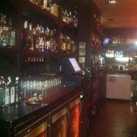 Foto tomada en Cafe Pub Ganivet 13 por No solo una idea el 2/21/2012