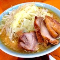 Das Foto wurde bei Ramen Jiro von ひろっく am 6/21/2012 aufgenommen