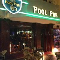 6/2/2012 tarihinde Ekrem E.ziyaretçi tarafından Pool Pub'de çekilen fotoğraf