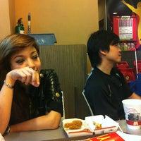 Photo taken at McDonald's / McCafé by bbnopify on 6/13/2012