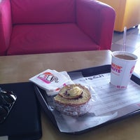 Photo taken at Dunkin' Donuts by Abdullah A. on 6/21/2012