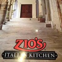 Photo taken at Zio's Italian Kitchen by Matthew E. on 4/28/2012