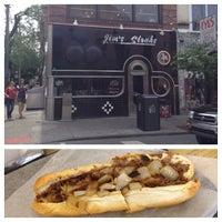 Снимок сделан в Jim's Steaks пользователем Eric J. 5/16/2012