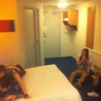Photo taken at Travelodge by Marie-Ellen R. on 5/13/2012