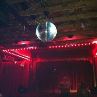 Photo prise au Spiderhouse Ballroom par Jessie P. le5/10/2012