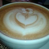 Photo prise au Traveler's Coffee par Maxim V. le2/25/2012
