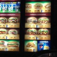 Foto tomada en Burger King por Jorge G. el 2/12/2012