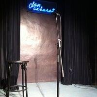Foto tomada en Clan Cabaret por Jesús S. el 4/13/2012