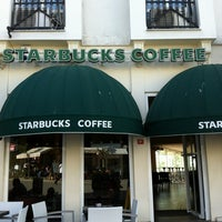 Photo taken at Starbucks by Ervin K. on 4/26/2012