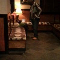 Photo taken at LongHorn Steakhouse by Karen H. on 4/5/2012
