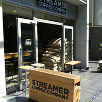 Photo prise au Streamer Coffee Company SHIBUYA par 西方 政. le7/4/2012