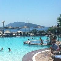 7/1/2012 tarihinde Bade T.ziyaretçi tarafından Isis Hotel & Spa'de çekilen fotoğraf
