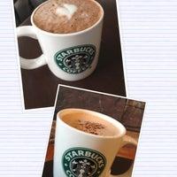 Photo taken at Starbucks by Alainlicious on 8/14/2012