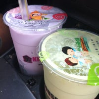Foto scattata a Kim's Tea House da Mannasyle C. il 3/15/2012