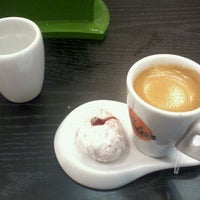 Photo taken at Café Donuts by Anderson R. on 5/10/2012