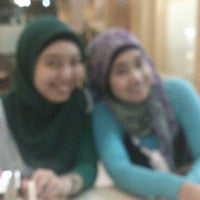 Photo taken at Milo Cafe by Mohammad A. on 9/1/2012
